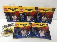 Set of 5 Lego Batman 2017 Movie NEW Kiss Kiss Tuxedo Batman Keychains 5004928