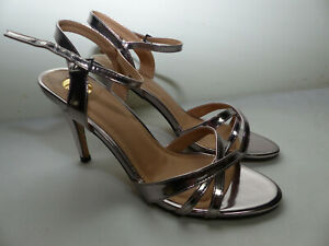 Neue Buffalo 312703 Metallic PU Damen Ankle Strap High Heels Gr 41 Silber