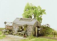Ratio - 220 - N Gauge Stone Goods shed
