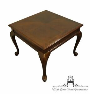 """UNIVERSAL FURNITURE Cherry Traditional Style 28"""" Square Accent End Table"""
