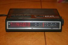 Vintage Grand Prix AM/FM Digital Clock Radio (Model D523)
