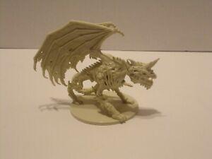 Dungeons & Dragons Castle Ravenloft Board Game Gravestorm Dracolich Miniature