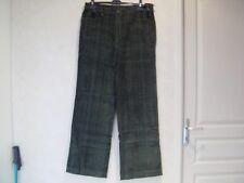 Pantalon femme  Taille 48  neuf