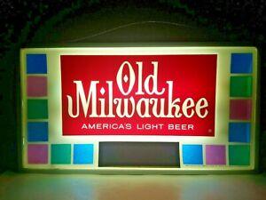 Rare Vintage Old Milwaukee America's Light Beer Wall Light 1964-1966, 24x13.5