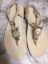 Womens Size 9.5 Cream Colored Sandals ~ Ivory Owl Appliqué