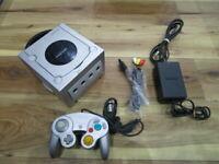 Nintendo Gamecube Console Silver w/controller Cable GC Japan C812