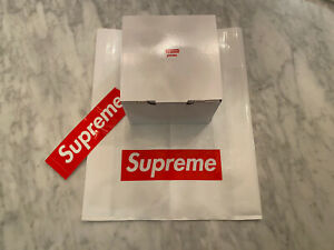 Supreme FW19 Pyrex 2 Cup Measuring Cup Brand New 100% Authentic Boxlogo Sticker