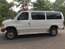 2003 Ford E-Series Van XL