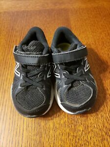 Toddler new balance Speed Ride Shoes Size 5.5 M