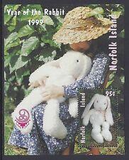 1999 NORFOLK ISLAND YEAR OF THE RABBIT MINISHEET CHINA OVERPRINT FINE MINT MNH