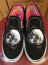 VINTAGE MENS VANS FRAYED EDGE SKULL SLIPONS 11.5 BRAND NEW AND COLLECTABLE