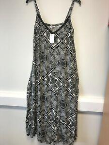 LabelBe ladies maxi dress plus size 18 black white geometric print sundress