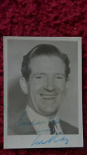 COMEDIAN TED RAY AUTOGRAPHED PHOTO