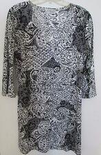J Valdi - M -  Grey/white 3/4 sleeve scoop neck beach dress cover up