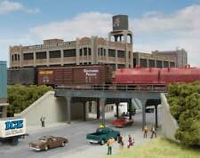 3871 Walthers Cornerstone Urban Steel Overpass Kit N Scale
