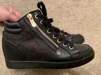 guess women shoes size 7