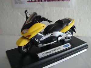 Yamaha XP 500 T Max Yellow 2001 - 1:18 WELLY