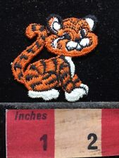 Small Cute ORANGE Tiger Patch (back is tiny bit sticky). 71B3