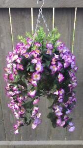 Beautiful Artificial  Purple /lilac/ Trailing Hanging Basket
