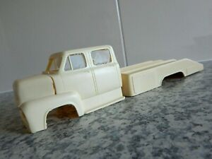 VINTAGE '53 FORD DUAL CAB C.0.E TRUCK & ROLL BACK CAR CARRIER RARE RESIN MODEL