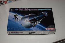 Dragon Gemini with Spacewalker Kit NEW   1/72 NASA