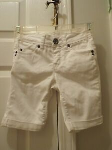 Justice Premium White Short Size 8S