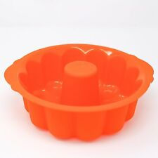 Silicone 9.5 Inch Fluted Pound Cake Pan Mold Nonstick Baking Classic Bread Mold