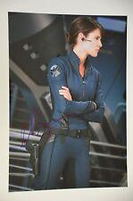 Cobie smulder Signed 20x30cm Avengers PHOTO. Autograph/autograph in person _