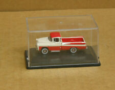 Oxford Automobile Company Ho 1957 Dodge D100 Sweptside Pickup Coral/White