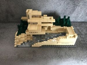 LEGO Architecture - Fallingwater (21005) Superb Condition, 100% Parts, Very Rare