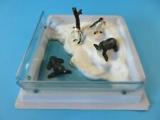 BRITAINS Plastic Zoo Animals ARCTIC POOL + Penguins & Seals
