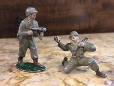 Lot de 2 Soldats Quiralu ? Jouet Ancien Guerre Plomb