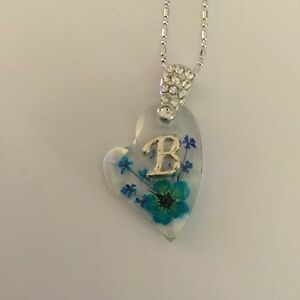 JEWELLERY PENDANT HEART SHAPED WITH REAL FLOWERS AND YOUR NAME INITIAL B