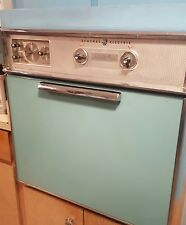 GE ELECTRIC IN WALL OVEN & STOVE TOP AQUA TEAL vintage COMBO
