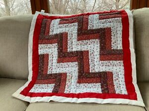 Vintage Hand Stitched Wall Hanging in Log Cabin Patchwork in Reds and White