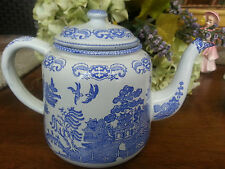 *Vintage & Rare * Enamelware/Granitware Blue Willow Tea Pot *