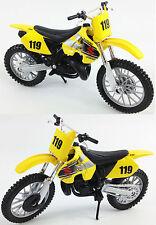 Suzuki rm 250 1:18 die-cast motocross mx jouet modèle vélo jaune 2-stroke maisto