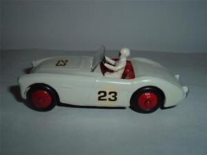 DINKY TOYS 109 AUSTIN HEALEY 3000 RALLYE RACING REPAINTED VINTAGE C THE PICTURES