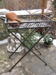 Tabletttisch Marsala aus Metall Bistrotisch Stecktisch Metalltisch Gartenmöbel