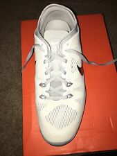 NEVER BEEN WORN NIKE FREE TR FIT 5 WOMENS SIZE 11