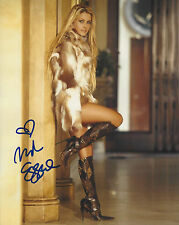 Beautiful Nicole Eggert autographed 8x10 posed color photo Baywatch actress