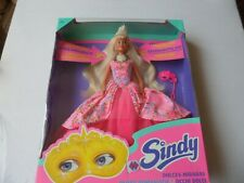 SINDY MAGIC EYES DOLL -  THE BOX IS NOT IN ENGLISH