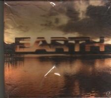 (DF745) Earth, 12 tracks various artists - 2001 sealed CD