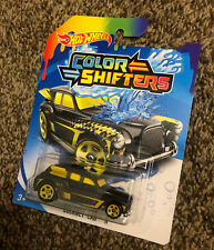 Hot Wheels Color Shifters Cockney Cab II, Black/Yellow
