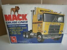 AMT 1/25 Mack Cruise Liner cabover tractor truck model kit original issue