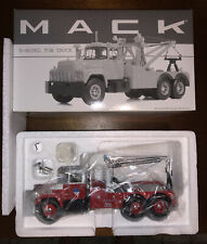 Mack R-Model Tow Truck FDNY Fire Department New York First Gear 1:34 19-2872