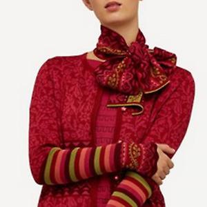 OLEANA Norway Red Green Silk Merino Wool Silk Road Neck Shawl Scarf NWT TTCB