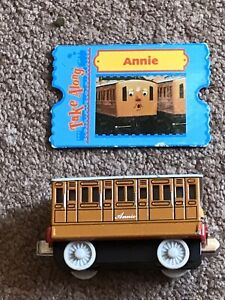 thomas the tank engine Take Along Train - Annie