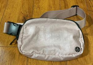 Lululemon Everywhere Belt Bag - TB2 Peach Gold - Rare!