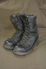 Used Canadian military combat boots size 255/96 (approx,7.5 ) Steel Toe  (z22)
